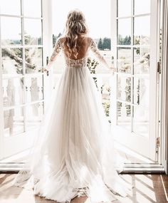 beautiful wedding dress #weddingdresses #weddingideas