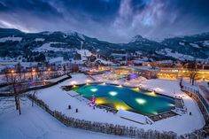 Holidays for relaxation, wellness, fitness and regeneration for health-conscious guests as well as adventure packages for the whole family in six thermal baths in SalzburgerLand! Wellness Hotel Salzburg, Ski Deals, Kids Go Free, Best Car Rental Deals, Kaiser Franz, Half Board, Hotel Packages, Travel Party