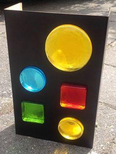 Nu in de #Catawiki veilingen: Retro lamp met kleurig glas