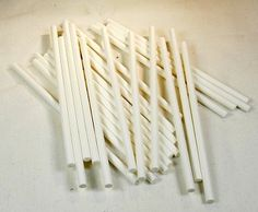 White Paper Chew Lolly Stix Paper Sticks for Bird Toys 25 Pieces