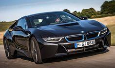 El precio base en España del BMW i8, 129.900 euros | QuintaMarcha.comEl primer híbrido enchufable de BMW, con un módulo de impulsión de 362 CV, habitáculo de 2+2 plazas y autonomía superior a los 500 kilómetros, se pondrá a la venta en España este año por un precio base de 129.900 euros.