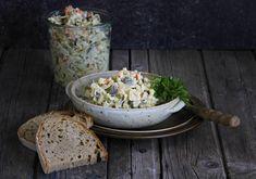 V kuchyni vždy otevřeno ...: Rybí salát ze zavináčů Breakfast Tea, Tea Time, Salads, Dairy, Bread, Cheese, Recipes, Fishing, Brot