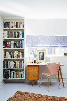 Top 10 Stunning Home Office Design Modern Office Decor, Home Office Design, Home Office Decor, Home Decor, Modern Desk, Office Style, Midcentury Modern, Decor Crafts, Design Seeds