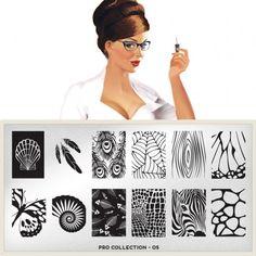 moyou Nail Art design Image Plates-pro collection 05 I love the Zebra face. Moyou Stamping, Nail Art Stamping Plates, Nail Plate, Nail Art Designs Images, Natural Gel Nails, Nail Stencils, London Nails, Image Plate, Nail Art Tools