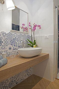 piccola struttura ricettiva, Bologna: Bagno in stile in stile classico di senzanumerocivico