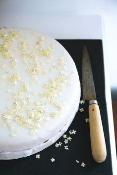 Strawberry-Elderflower Cake - Bon Appétit