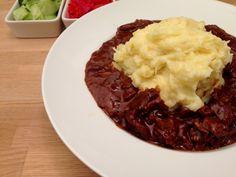 Gullash Italian Recipes, Mashed Potatoes, Beef, Dessert, Ethnic Recipes, Whipped Potatoes, Meat, Smash Potatoes, Deserts
