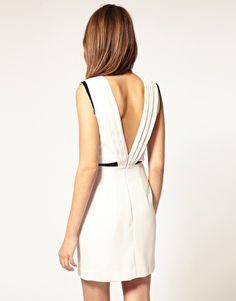 Vestido con espalda abierta de Warehouse