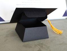 Favor de casquillo/sombrero de graduación o por PeadenScottDesigns