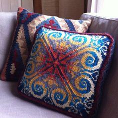 Ravelry: medorasmit's Sipalu pillow