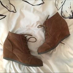 Brown lace up booties Brown suede booties that are perfect for any season! Worn maybe 3x, they are in great condition. Madden Girl Shoes Ankle Boots & Booties