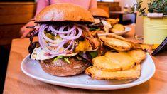e Wiener Burger Test Beste Burger, Hamburger, Ethnic Recipes, Food, Wine, Simple, Essen, Burgers, Meals