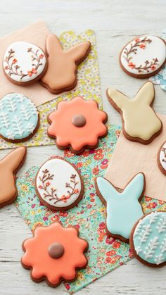 Easter Food, Easter Treats, Easter Recipes, Easter Cookies, Cupcake Cookies, Cupcakes, Chocolate Roll, Chocolate Cookies, Wilton Cake Decorating