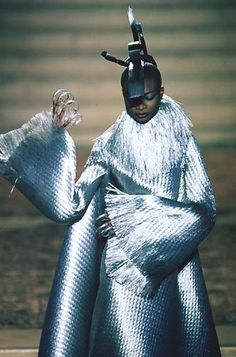 1997-98 - Mc Queen 4 Givenchy Couture show - Debra Shaw