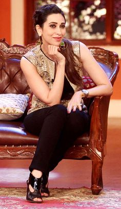 Karisma Kapoor on 'Comedy Nights With Kapil' #Style #Bollywood #Fashion #Beauty