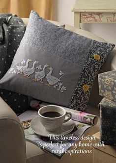 ru / Фото - Cross Stitch Collection 254 - t… Cross Stitch Bird, Cross Stitch Animals, Cross Stitch Patterns, Cushion Embroidery, Machine Embroidery, Hand Embroidery Tutorial, Cross Stitch Collection, Cross Stitch Finishing, Cross Stitch Pictures