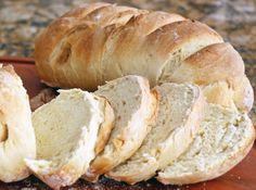 Pão Caseiro - Veja como fazer em: http://cybercook.com.br/pao-caseiro-r-14-1593.html?pinterest-rec