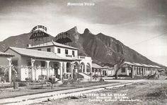 Campo Turista en Monterrey Nuevo Leon Mexico ,,,, al fondo el Cerro de la Silla