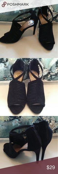 """Black Peep-Toe Heels🎉 Black suede like perforated peep-toe heel. 4"""" heel with Zippered backs.  Size (7) Gorgeous heels💞 C Shoes Heels"""