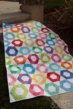 I'm excited to share a new pattern with you today! Snack Time is another fun quilt that uses my Hex N More Ruler ... and still no Y seams!...