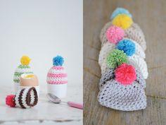 Crochet egg cosy with bobble - free pattern | Yvestown Blog