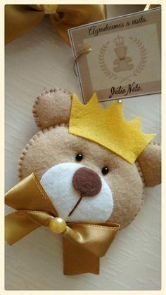Ideas For Baby Shower Ides Recuerdos Varon Felt Crafts, Fabric Crafts, Diy And Crafts, Felt Christmas, Christmas Ornaments, Baby Shawer, Felt Patterns, Sewing Toys, Felt Toys