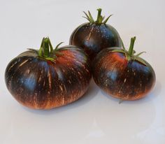 Gardening Tomatoes Dark Galaxy tomato seeds - Offering rare and heirloom seeds perfect for any climate. Over 1500 varieties of peppers, tomatoes, vegetables, heirlooms, tropical fruits and ornamentals. Growing Tomatoes From Seed, Growing Tomato Plants, Varieties Of Tomatoes, Growing Tomatoes In Containers, Growing Veggies, Grow Tomatoes, Roasted Tomatoes, Tropical Fruits, Exotic Fruit