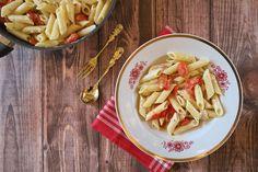 Pasta in cremiger Soße mit Cherry-Tomaten und Knoblauch-Note.