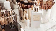 Rangement beauté : les meilleures astuces pour ranger ses produits de beauté vues sur Pinterest - Grazia Good Makeup Storage, Makeup Storage Organization, Make Up Storage, Small Space Organization, Storage Ideas, Organization Ideas, Cute Makeup, Diy Makeup, Prom Makeup