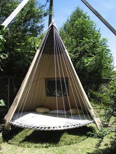 I want one - recycled trampoline relaxation spot!