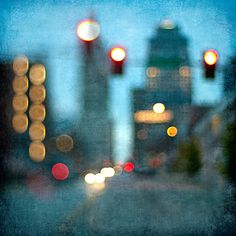 Photography idea: blurred Cityscape- great with lights of night