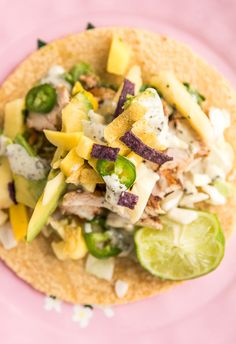 Pineapple mango chicken tacos - these are perfect for summer! In partnership with @carnivalcruise. #CarnivalPartner