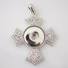 1 PC Cross Rhinestone Pendant ONLY -- Fits 18MM Metal Chunk Pop Charm Silver Snap Popper Interchangeable KB0124 CP0026 This is for pendant only. Size: 48mmx44mm Material: Brass Plated Silver Plated Al