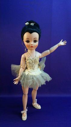 Values doll uneeda vintage