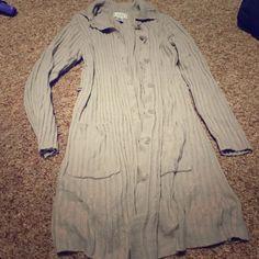 Jennifer Moore tan thigh length sweater Tan button down sweater. Super soft. Jennifer Moore Sweaters
