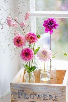 Super Ikea Hack or pimp your Kallax - Modern Flower Centerpieces, Flower Vases, Flower Decorations, Flower Art, Fall Bouquets, Floral Bouquets, Cut Flowers, Spring Flowers, Farmhouse Bathroom Art