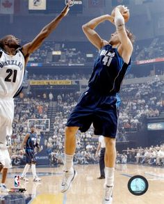 Dirk Nowitzki, Dallas Mavericks, 2'13, Ala-Pivot