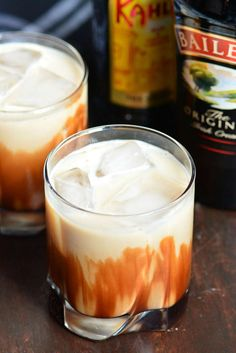 Mudslide is a delicious dessert cocktail made with a combination of Bailey's Irish Cream, Kahlua, and vodka. This cocktail recipe is made two ways, frozen and on the rocks. Kahlua And Milk, Kahlua And Cream, Cocktail Desserts, Cocktail Drinks, Alcoholic Drinks, Mix Drinks, Liquor Drinks, Coffee Cocktails, Fancy Drinks