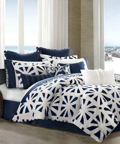 White & Blue Trellis Comforter