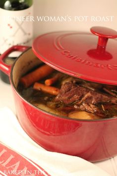 less season Pioneer Woman's Perfect Pot Roast Print This is a damn good roast. Cuisine: Comfort Food Ingredients Salt and freshly ground black pepper One 3 to chuck roast 2 . Dutch Oven Cooking, Dutch Oven Recipes, Pot Roast Recipes, Beef Recipes, Cooking Recipes, Roast In Dutch Oven, Recipies, Game Recipes, Dutch Oven Chicken