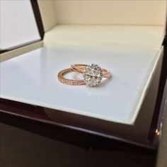 Beautiful rose gold engagement ring with 1.10 carat oval diamond and band