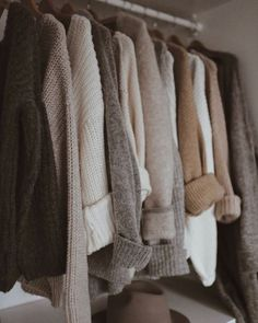 ᗰƖᔕᔕ ᗰᗩᖇƖᗩ December 31 2019 at Autumn Aesthetic, Brown Aesthetic, Mode Outfits, Fashion Outfits, Womens Fashion, Fashion Tips, Fall Winter Outfits, Autumn Winter Fashion, Capsule Wardrobe