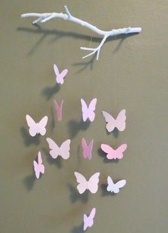 Bastelideen aus Papier - Blumen, Girlanden und Türkränze Butterfly Mobile (with tutorial!)Butterfly Mobile (with tutorial! Kids Crafts, Home Crafts, Diy And Crafts, Diy Paper Crafts, Art And Craft, Baby Crafts, Paper Butterflies, Paper Flowers, Diy Flowers