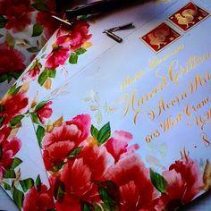 "235 Likes, 16 Comments - F Phyllis Macaluso (@fpmmac) on Instagram: ""#envelopes #envelopeaddressing #elegant #envelope #envelopeart #engrossersscript #flourish #finetec…"""