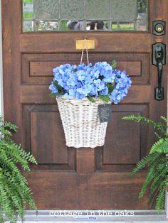 Summer Front Porch Decor Ideas -Hydrangea Basket
