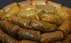 Sarmalute de peste in frunze de vita. Ethnic Recipes, Food, Essen, Meals, Yemek, Eten