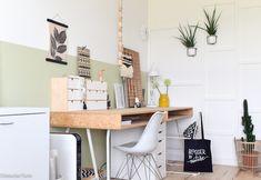Drie tips bij het maken van een DIY bureau - werkplek op maat | InteriorTwin Home Office, Office Desk, Kidsroom, Creative Studio, Girls Bedroom, Room Inspiration, Decoration, Home Design, Diy Bureau