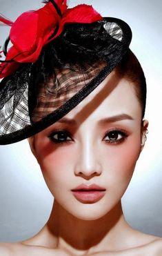 Make up girl asian girl Asian Makeup, Korean Makeup, Korean Skincare, Diy Beauty Secrets, Beauty Hacks, Beauty Products, Beauty Dupes, Makeup Products, Marc Jacobs
