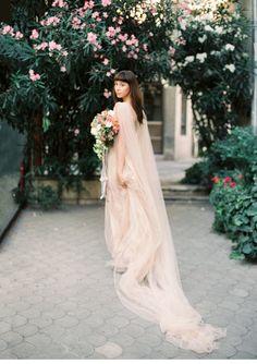 Alte Welt Brautinspirationen von Lena Eliseeva Photography