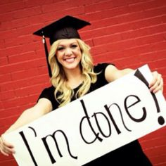 Ole Miss congratulates the graduates of 2015! Check out some fun graduation party ideas here.